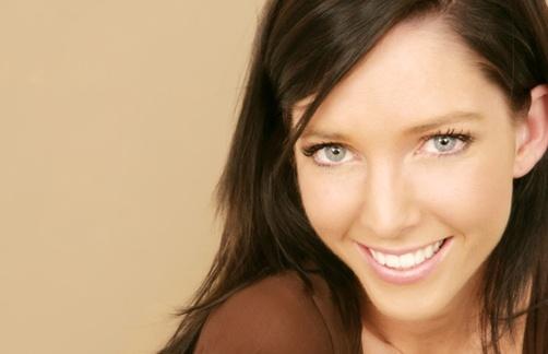 Smiling_woman__2-1.jpg